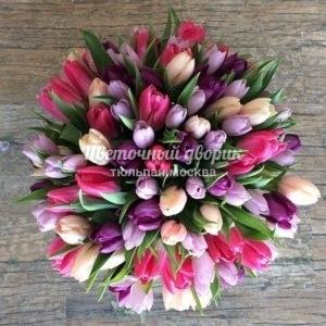 Букет Сочный микс из 75 тюльпанов